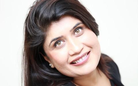 Dr Renuka Handa BDS