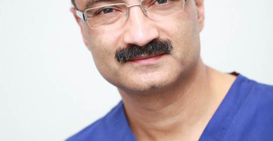 Dr Rajesh Handa BDS MSC MFDSRCS